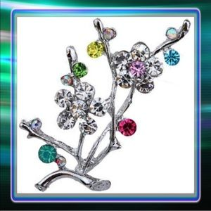 Accessories - Crystal Flower Rhinestone Brooch